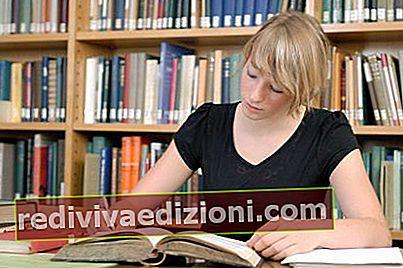 Definiția Student